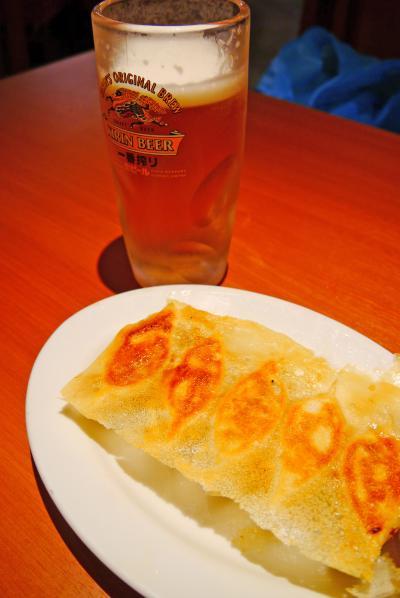 水族館で癒されつつ、蒲田で餃子&レバカツにビール♪