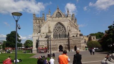 ウェールズと南イングランド周遊(31) エクセターへ移動後大聖堂入場と街歩き。