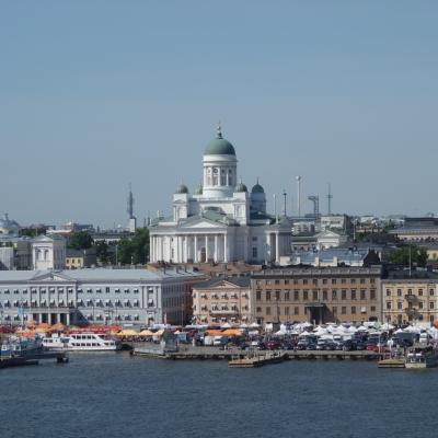 Tallink Sylja Line にのってヘルシンキからストックホルムまで。夜行列車ならぬ夜行クルーズです。