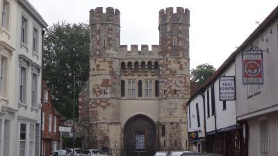 ウェールズと南イングランド周遊(58) カンタベリーの街歩き 下巻。 聖アウグスティヌス修道院。