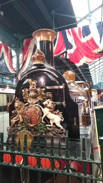 初夏のイギリス おばさん二人ドライブ旅7 ヨーク街歩き 鉄道博物館に興奮!