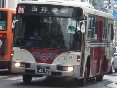 最期の1台となった3ドアのバス(2016年6月)