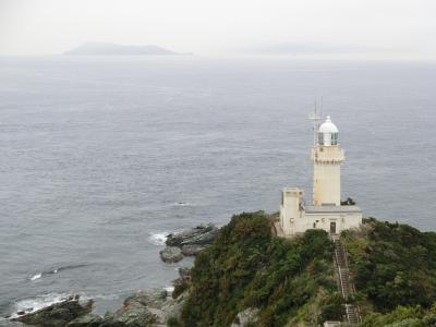 佐田岬で灯台と風車を見る
