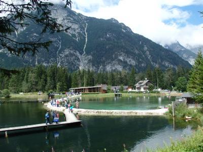 オーストリアのチロル&エーアヴァルト、ドイツのバイエルンの旅 【75】 ロイターシュ Weidach の湖へ