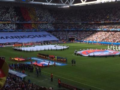 初めての「生Euro」 中年サッカー小僧の旅①