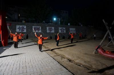 洛陽 少林寺 1 修行中の子供達 ハンパないです。
