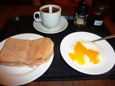 2014年5月【1】7回目のシンガポールの旅(出発・ANA機内食、7度目の訪問で初めて食べた名物「カヤ・トースト」は不思議な食べ物!)
