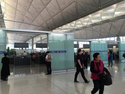 キャセイパシフィックで香港からスラバヤに行きました