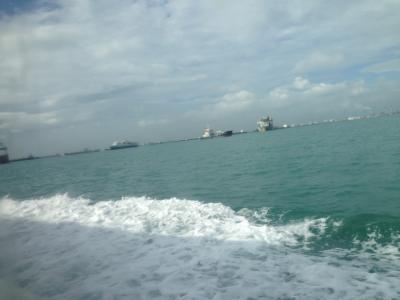 シンガポールからフェリーでバタム島に行きました
