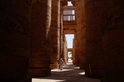 観光客のいない有名観光地1 車でナイル川遺跡めぐり (Deserted desert tourist spot, Nile river)