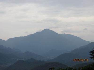 顕鏡寺の白蓮さんと石老山(9)石老山登頂。