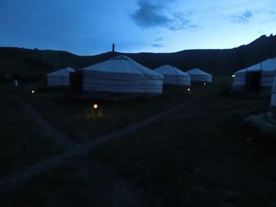 1泊3日 モンゴル 草原のゲルに泊まる(2)テレルジ