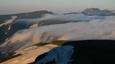 花の大雪山塊大縦走 白雲岳避難小屋~南沼まで 3泊4日道央遠征2日目