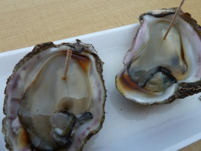 岩牡蠣を食べに