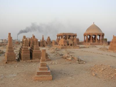 チャウクンディ墳墓群