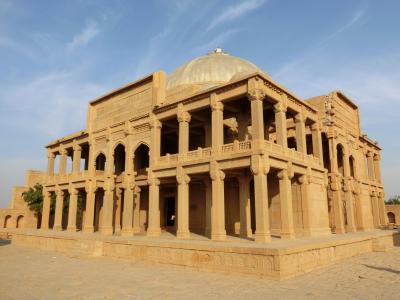 タッターのイスラム建築群 (ミルザ・イーサ・ハン廟)