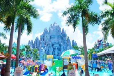 狐につままれた感覚。 ベトナム ホーチミンの異様な遊園地「スイティエン公園」に現れた魔法の城に行ってきた。