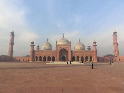 バードシャヒー・モスク