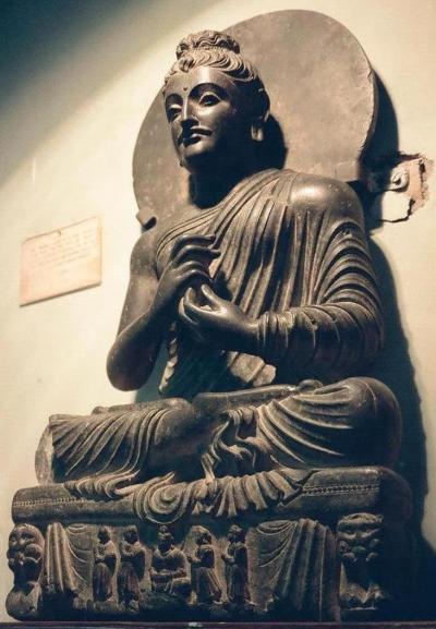 タキシラ(パキスタン):その2 - ガンダーラでの単独仏像誕生の謎を探る
