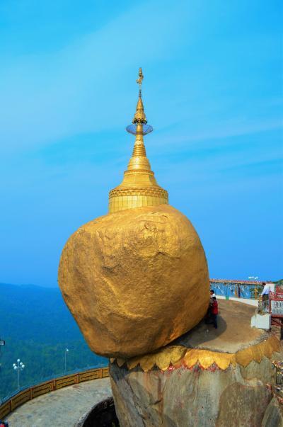 タイ実家訪問とミャンマーの旅 Part 7 - ミャンマー名物、ゴールデンロック