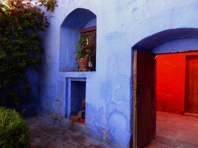 思いのままに旅するペルー(15) まるでスペインの町のような アレキパの中の静かな別世界 サンタ・カタリナ修道院
