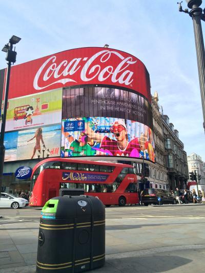 イギリス:UK2016-London(ロンドン)-1~ウェリントンホテル、Superdry 極度乾燥(しなさい)など~
