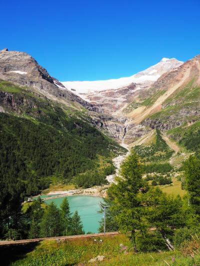 スイス/山の日はスイスの山で祝おう!vol.2-サンモリッツ&ベルニナ急行&氷河特急編@クリスタルホテル(2016年8月)