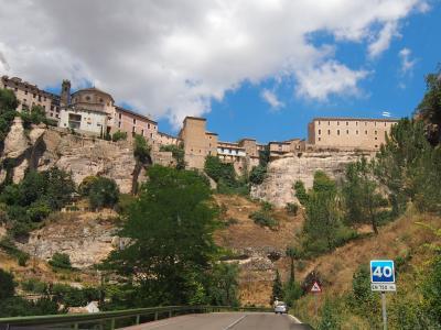 2016年8月 スペイン、フランス 合わせて 5泊  日程 詰め詰め 暑々の旅 (4) クエンカ から アルバラシン へ。 移動手段は・・・・