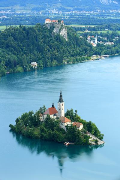 ちょっとスロベニアに行ってみた。ブレッド湖、ボーヒン湖(サヴィツァの滝)、ポストイナ鍾乳洞、シュコツィアン洞窟群