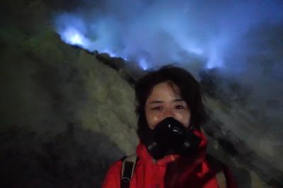 ジョグジャカルタからブロモ山~イジェン火口湖(ブルーファイヤー)へ