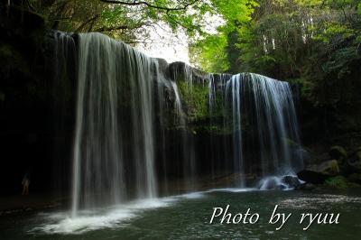 滝の裏側へ 九州縦断 熊本編の一部