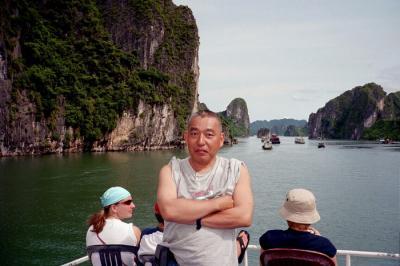 ハロン湾のボートツアーを楽しむ@トンキン湾/ベトナム