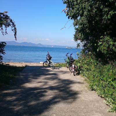家島 自転車で街を走る