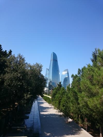 アゼルバイジャン、風の街バクー