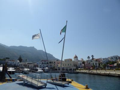 夏の優雅な南イタリア周遊旅行♪ Vol418(第22日) ☆Isola d'Ischia/Forio→Napoli:フォリオから高速船でナポリへ♪