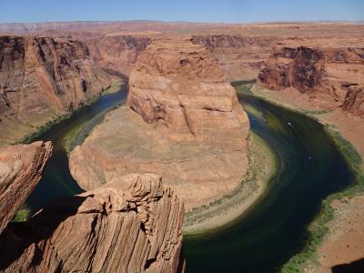 コロラド川が作り上げた巨大な渓谷には柵なんてない!ホースシューベンド/アメリカ・アリゾナ