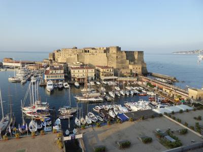 夏の優雅な南イタリア周遊旅行♪ Vol434(第23日) ☆Napoli:「Grand Hotel Santa Lucia」ジュニアスイートルームから最後の朝の風景を眺めて♪