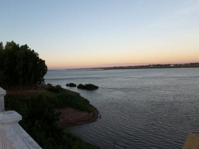 川沿いの街ムクダハーンにたたずんで