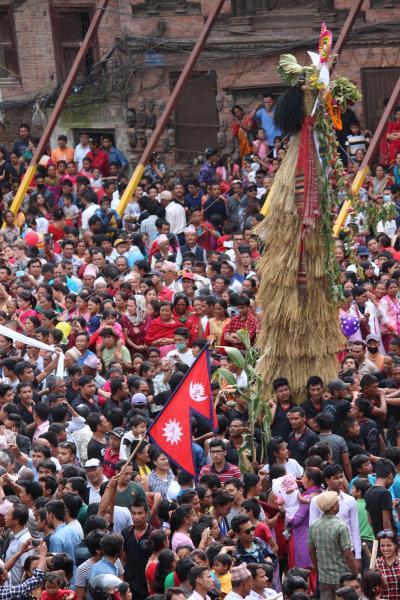 ガイジャトラ祭りを見る。