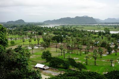ミャンマー3日目、パアン郊外の洞窟寺院巡り