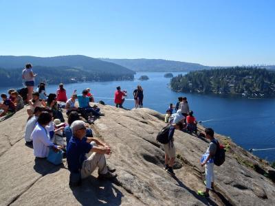 カナダ ウィスラー ハイキング 2016夏:08/11::ディープコーブを歩きウィスラーへ