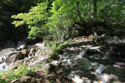 東北の野天湯3 湯浜温泉の露天風呂、須川温泉のオンドルを巡る。紅葉は10月中旬?