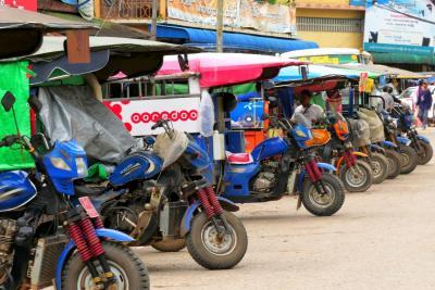 ミャンマー、カレン州パアンの朝