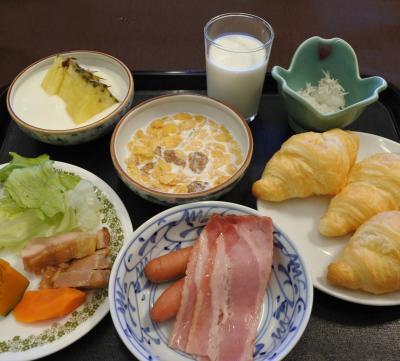 岸権旅館(朝食)