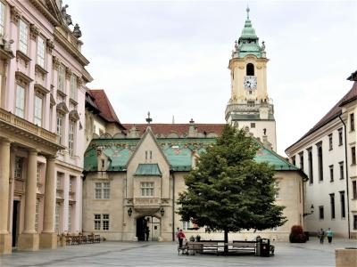 美しのドナウと中欧4カ国の旅 8日間 4 ( 旅行3日目 スロバキアの首都ブラチスラヴァ編 ① )