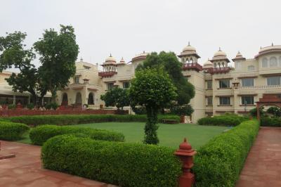 インド旅行5日目:ジャイプール・宮殿ホテルに泊まる