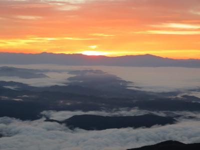 八方尾根・唐松岳登山と唐松岳頂上山荘 その2 2016年10月