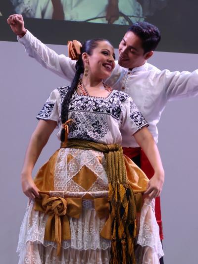 ツーリズムEXPO-08 メキシコの伝統楽団マリアッチによるライブ演奏  ☆陽気で情緒あふれる音楽