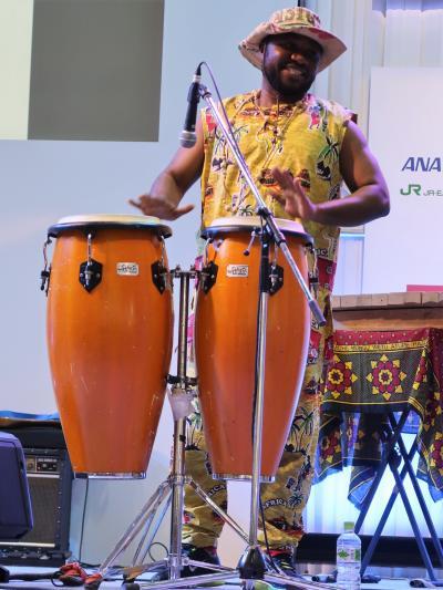 ツーリズムEXPO-10 南部アフリカ地域の音楽とダンス ☆パワフルな音響・情熱のリズム