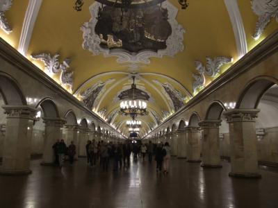 モスクワ、地下宮殿見学セルフツアー